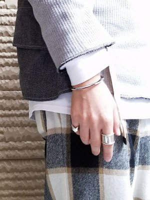 画像4: ACE by morizane(エースバイモリザネ) triangle thin cuff antique silver 18k gold plated SN900301ASGP
